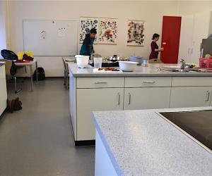 Blick in die Schulküche